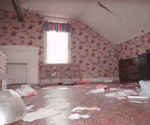 abandoned, girly, and bedroom image