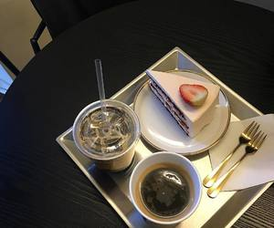 cake, aesthetic, and cafe image