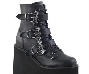 demonia shoes
