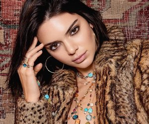 kendall jenner and necklace image