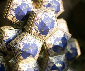 harry potter, chocolate, and chocolate frogs image
