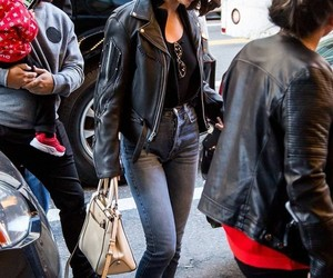 celebrities, jeans, and paparazzi image