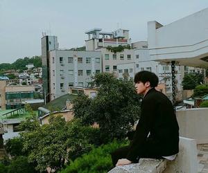 pentagon, maknae, and woo seok image