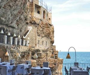 italy, luxury, and restaurant image