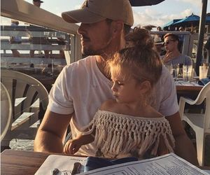dad and daughter image