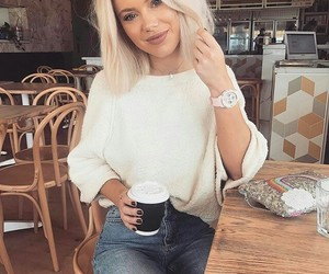 autumn, girly, and style image