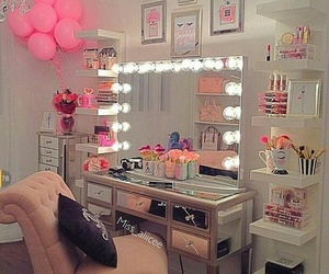 room, pink, and makeup image