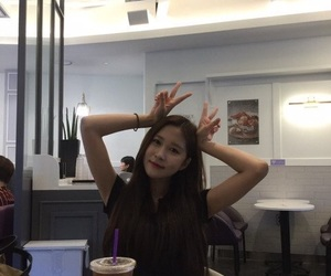 lq, dayoung, and wjsn image