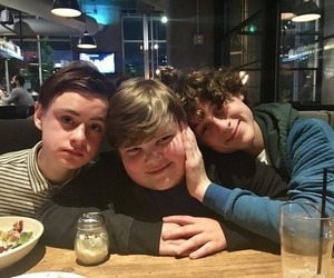 wyatt oleff, jaeden lieberher, and jeremy ray taylor image