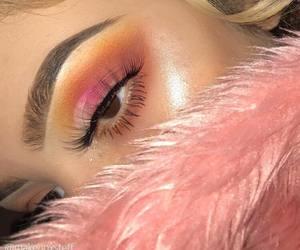 eye makeup, eye shadow, and heart this image