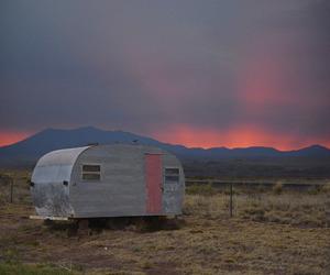 Caravan, free, and glow image