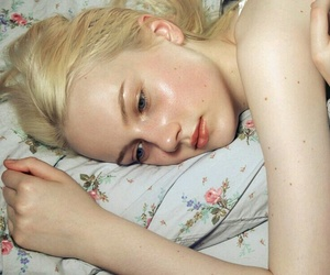 girl, pale, and blonde image