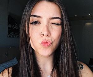 br, brunette, and morenas image