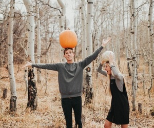 autumn and couple image
