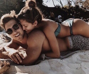 adorable, beach, and boyfriend image
