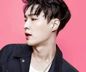 exo, happy birthday, and 🎁 image