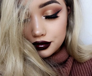 blonde, fall, and makeup image