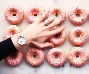 danielwellington, fashion, and food image