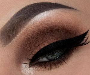 beauty, eye makeup, and eyelashes image