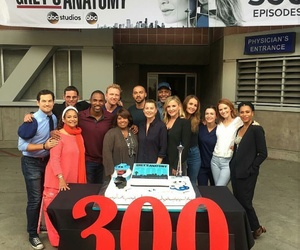 cast, ellen pompeo, and grey's anatomy image