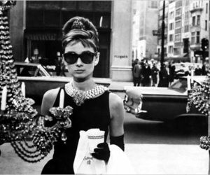 black and white, Breakfast at Tiffany's, and vintage image