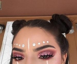 coachella, cut crease, and eyebrows image