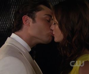 gossip girl, chuck bass, and kiss image
