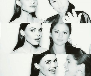 selena gomez and holland roden image