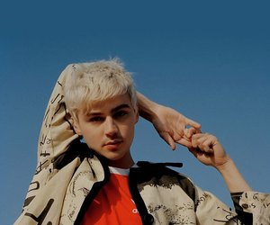 miles heizer, 13 reasons why, and photoshoot image