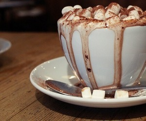 hot ​chocolate, chocolate, and food image