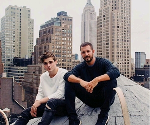 dj and martin garrix image