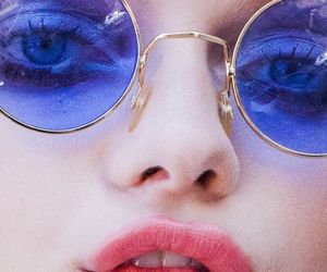 blue, grunge, and glasses image