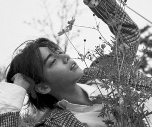 model, jung jae won, and one image