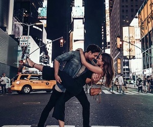 couple, love, and new york image