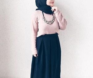 حجاب and بُنَاتّ image