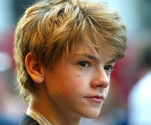jack frost, thomas sangster, and newt image