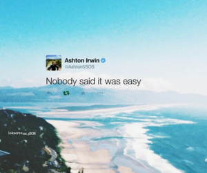 tweet, lockscreen, and 5sos image