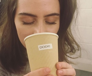 doddleoddle, dodie, and dodie clark image
