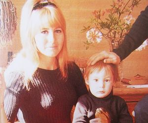 julian lennon, cynthia lennon, and cynthia powell image