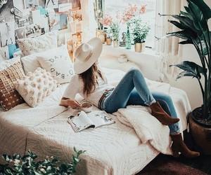fashion, home, and girl image