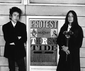 bob dylan, joan baez, and black and white image