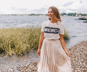graphic tee, anthropologie style, and graphic tee style image