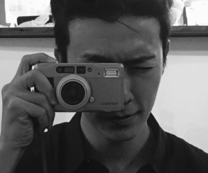 black and white, boy, and donghae image