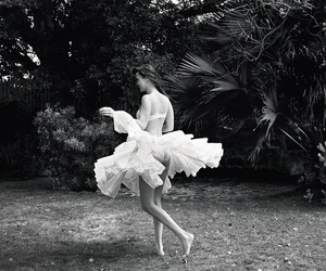 bella hadid and black and white image