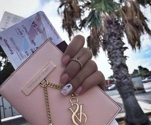 gold, holiday, and nails image