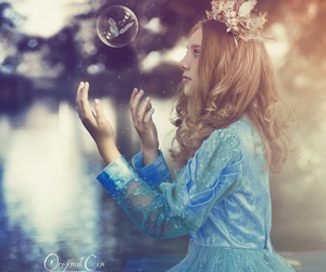 beauty, crown, and bubble image