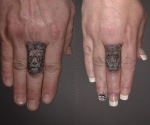 finger, tattoo, and lion image