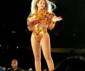 chicago, illinois, and queen bey image