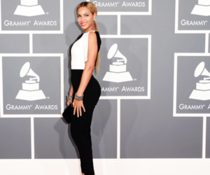 beyoncé, outfit, and singer image