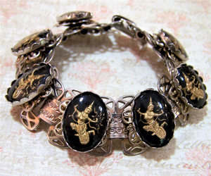vintage jewelry, gold tone, and mid century jewelry image